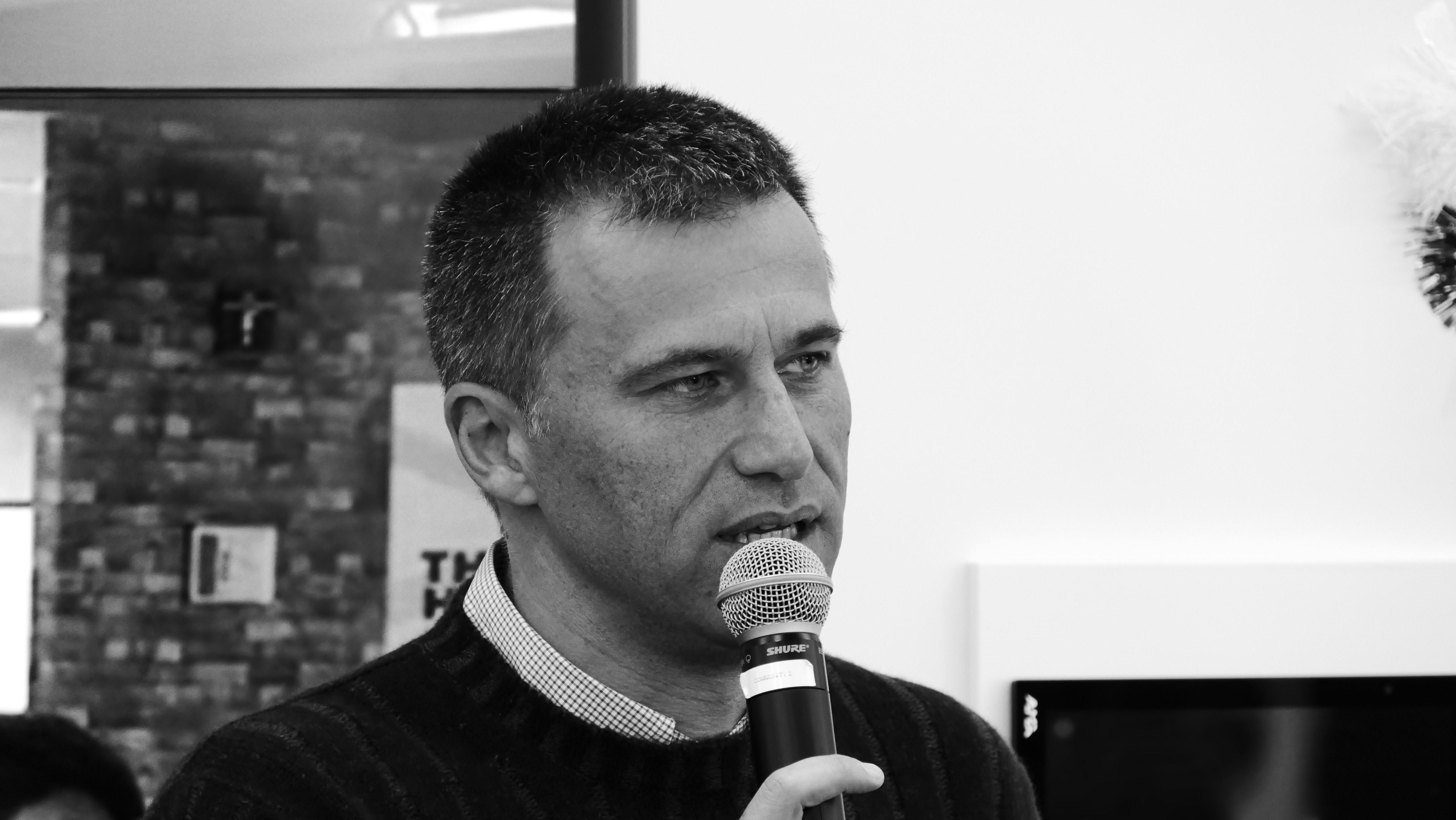 Digital_Hackathon_Accenture_Social_Reporters (7)
