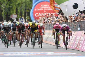 Ciclismo: Al Giro d'Italia con Sara Assicurazioni