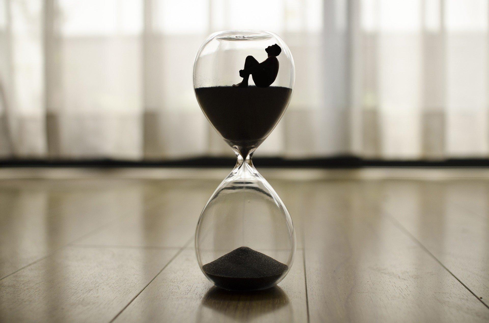 Quando il tempo si sospende, noi impariamo a raccontarci