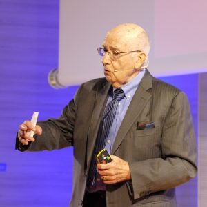 Philip_Kotler_Marketing_Forum_Socia_Reporters (1)-min